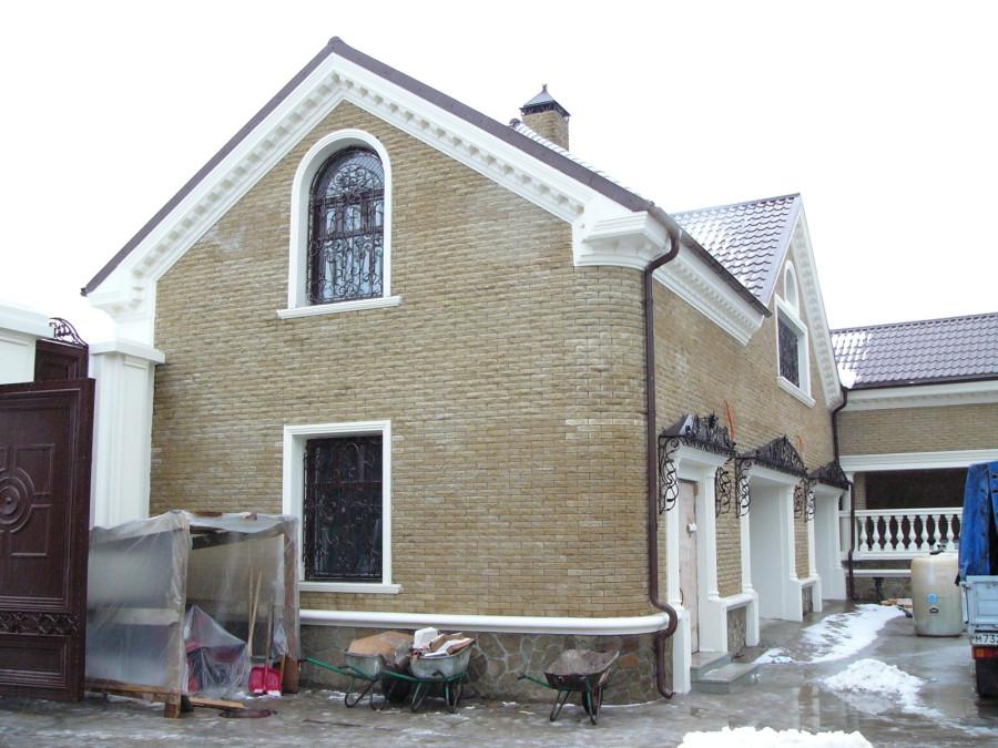 Лепнина на фасаде дома фото