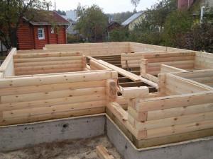 Как выбрать фундамент для дома из бруса?